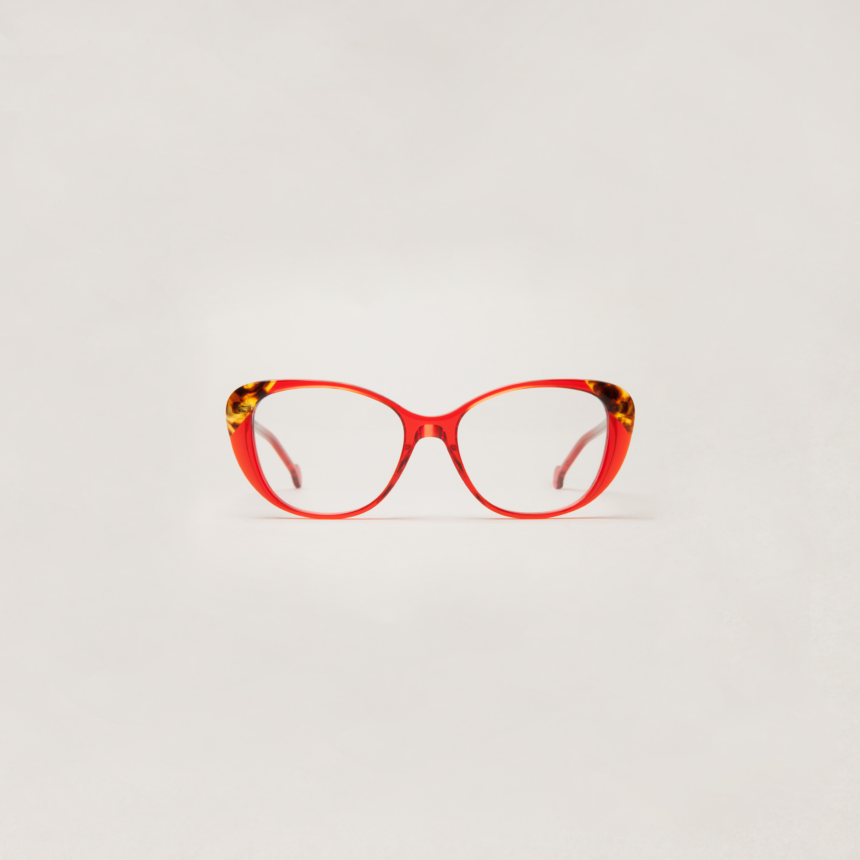 Color 611 Red